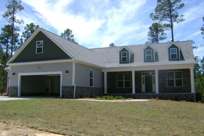Foxfire NC Single Family Home Active/Contingent: $358,500
