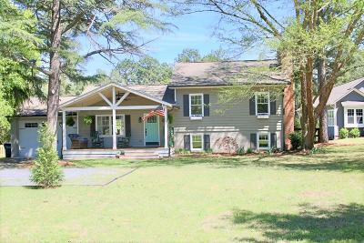 Southern Pines Single Family Home For Sale: 175 Piney Lane