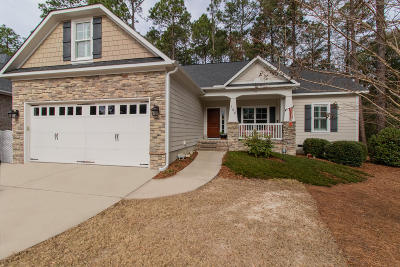 Southern Pines Single Family Home For Sale: 185 N Brackenfern Lane