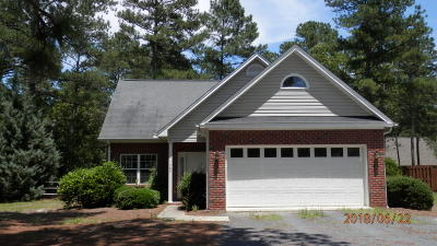 Pinehurst Single Family Home For Sale: 1365 E Longleaf Drive