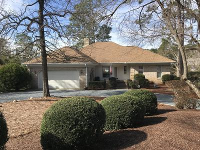 Moore County Single Family Home For Sale: 5 Chestnut Lane