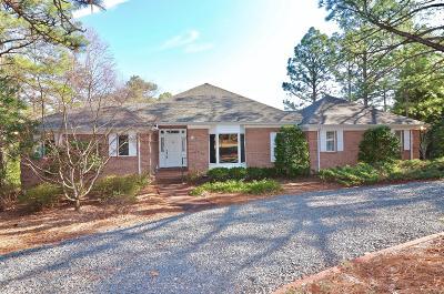 Pinehurst Single Family Home Active/Contingent: 25 La Quinta Loop