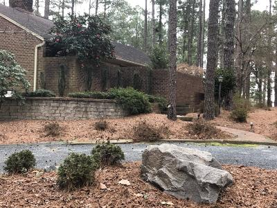 Southern Pines Single Family Home For Sale: 105 Steelman Road