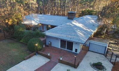 Southern Pines Single Family Home For Sale: 292 Old Dewberry Lane
