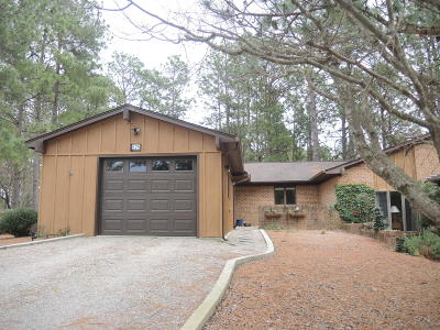 Southern Pines Condo/Townhouse Active/Contingent: 625 Redwood Drive