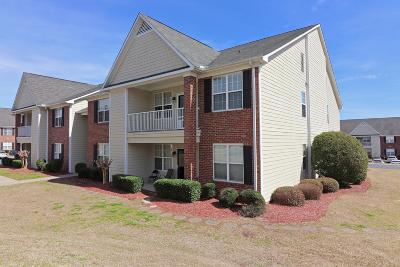 Fayetteville Condo/Townhouse For Sale: 656 Brandermill Road #202