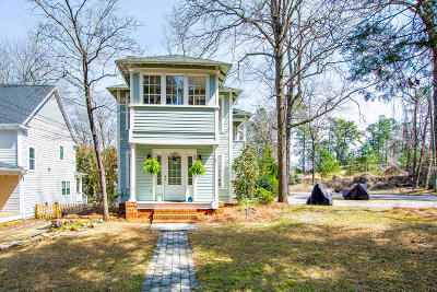 Southern Pines Single Family Home Active/Contingent: 375 E Maine Avenue