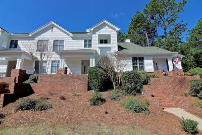 Southern Pines Condo/Townhouse For Sale: 26 N Knoll Rd