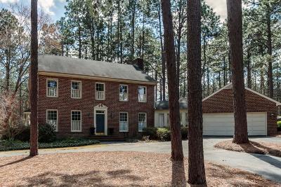 Pinehurst Single Family Home For Sale: 385 Lake Dornoch Drive
