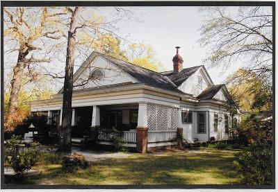 Cameron Single Family Home For Sale: 533 Carthage Street