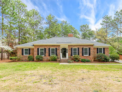 Southern Pines Single Family Home Active/Contingent: 335 Azalea Road