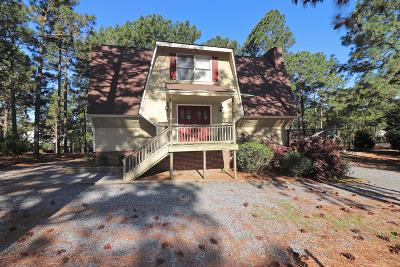 Seven Lakes, West End Single Family Home For Sale: 104 Springview Lane