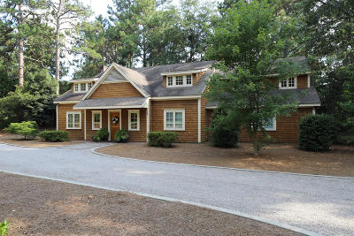 Southern Pines Single Family Home For Sale: 110 Pine Grove Road