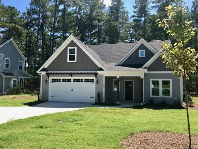 Aberdeen Single Family Home For Sale: 590 Legacy Lakes Way