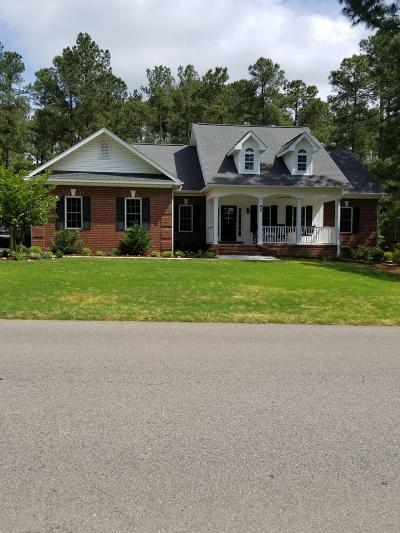 Moore County Single Family Home Active/Contingent: 95 Pine Vista Drive