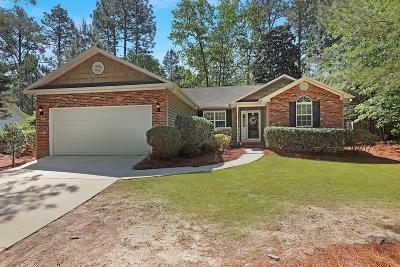 Moore County Single Family Home Active/Contingent: 2195 W Longleaf Drive