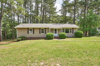 Moore County Single Family Home Active/Contingent: 102 Central Drive