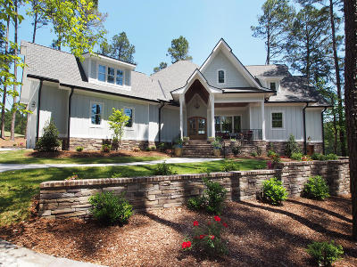 Southern Pines Single Family Home For Sale: 275 Kings Ridge Court