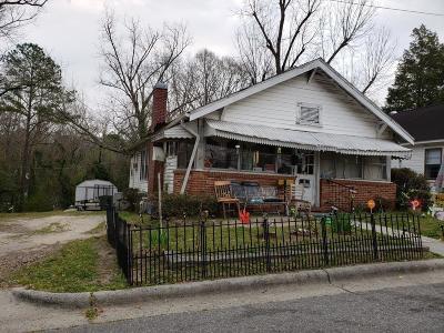 Single Family Home For Sale: 209 S Stewart Street