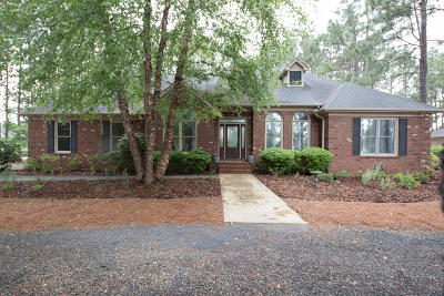 West End Single Family Home For Sale: 236 Longleaf Drive