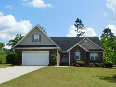 Moore County Single Family Home Active/Contingent: 105 Isleworth Place
