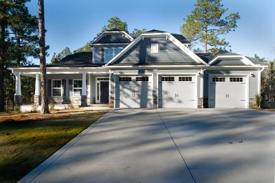 Whispering Pines Single Family Home For Sale: 634 Planters Row