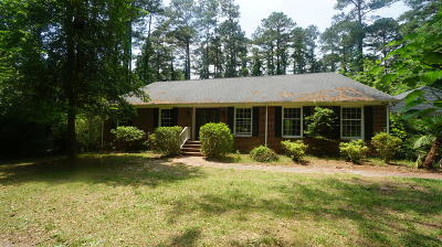 Southern Pines NC Single Family Home For Sale: $199,900