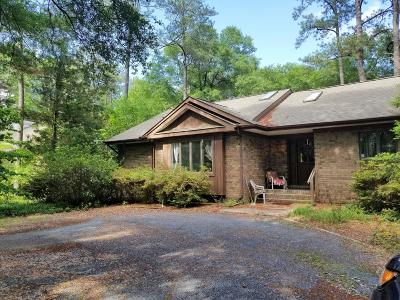 Pinehurst Single Family Home For Sale: 165 E Barrett Road