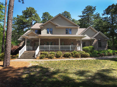 Southern Pines Single Family Home For Sale: 205 Lazar Lane