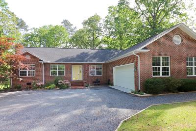 Vass Single Family Home For Sale: 677 Hickory Hill Lane