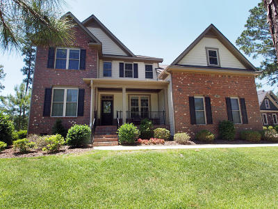 Southern Pines Single Family Home For Sale: 74 Plantation Drive