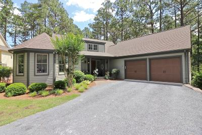 Southern Pines Single Family Home For Sale: 283 Champions Ridge