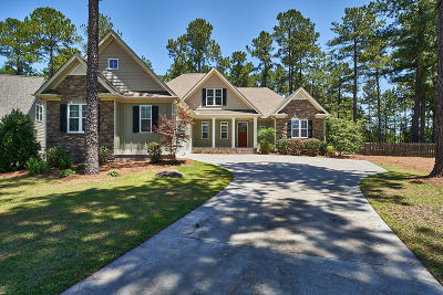 Moore County Single Family Home For Sale: 160 Leesville Loop