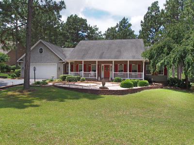 Seven Lakes Single Family Home For Sale: 260 Longleaf Drive