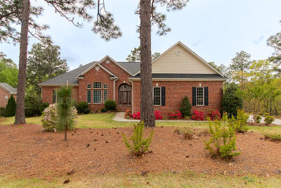 Moore County Single Family Home For Sale: 5 Sunflower Court