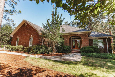 Seven Lakes Single Family Home For Sale: 389 Longleaf Drive