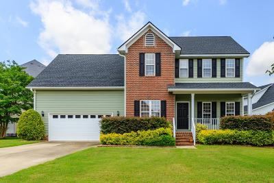 Fayetteville Single Family Home For Sale: 3510 Standard Drive