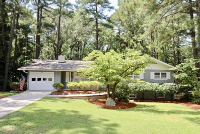 Southern Pines Single Family Home For Sale: 170 Boiling Spring Circle