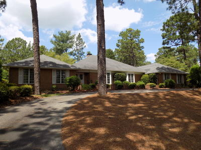 Pinehurst Single Family Home For Sale: 210 Quail Hollow Drive