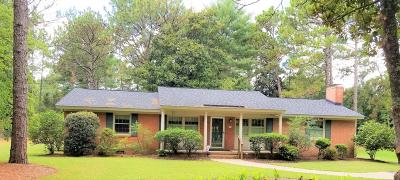 Single Family Home For Sale: 17 Harmon Drive
