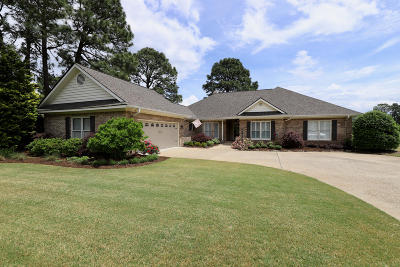 Southern Pines Single Family Home Active/Contingent: 89 Paddock Lane