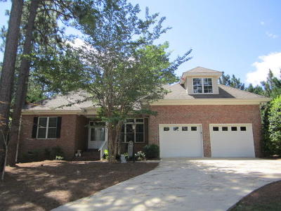 Pinehurst Single Family Home For Sale: 120 SW Lake Forest Drive