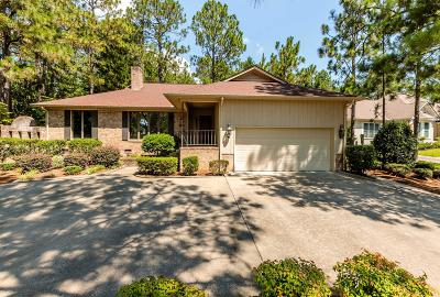 West End, Seven Lakes Single Family Home Active/Contingent: 114 Owens Circle