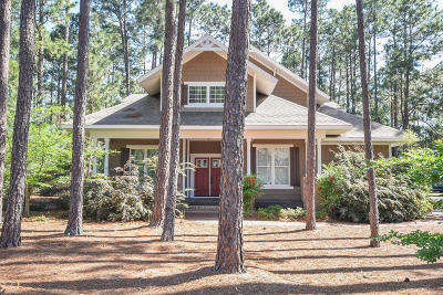 Pinehurst Single Family Home For Sale: 15 Forest Lane