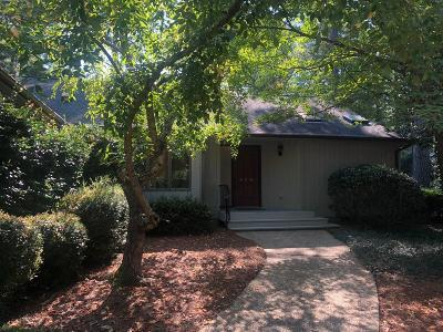Pinehurst Single Family Home For Sale: 270 SE Lake Forest Drive