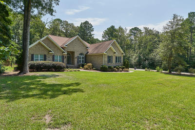 Vass Single Family Home For Sale: 725 Loblolly Drive