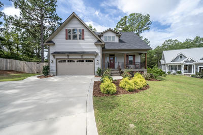Moore County Single Family Home For Sale: 115 Bree Court