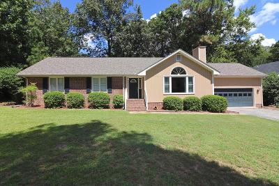 Southern Pines Single Family Home Active/Contingent: 109 Selkirk Trail
