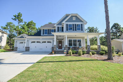 Southern Pines Single Family Home For Sale: 161 Broom Sedge Lane