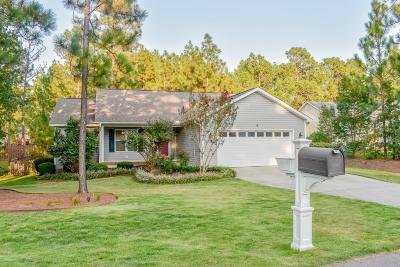 Pinehurst Single Family Home For Sale: 4 Thompson Lane